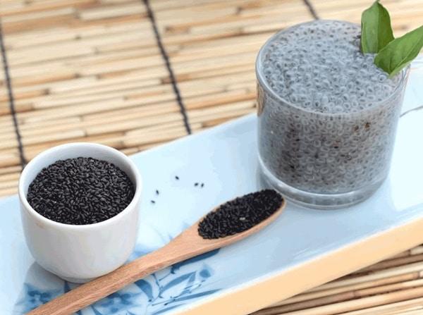 Trong hạt é có chứa rất nhiều chất chống oxy hóa, vitamin và khoáng chất thiết yếu
