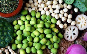 Hạt sen sấy - món ăn vặt quen thuộc tốt cho sức khỏe