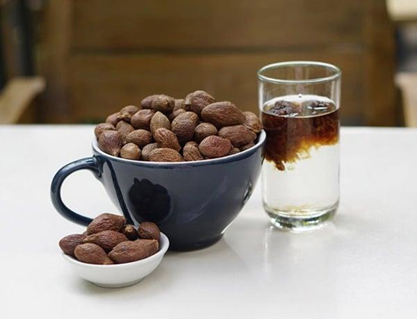 Hạt ươi là vị thuốc thường dùng để trị táo bón do nhiệt