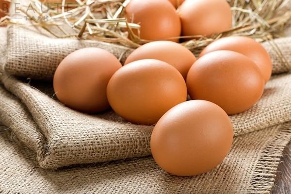 Bạn có thể nấu kỷ tử với trứng gà để trị âm, dưỡng huyết