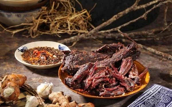 Mắc khén là gia vị không thể thiếu để làm thịt trâu gác bếp